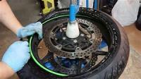 Trouvez le meilleur pneu de moto ou scooter chez 100% Pneu Croisy-sur-Andelle